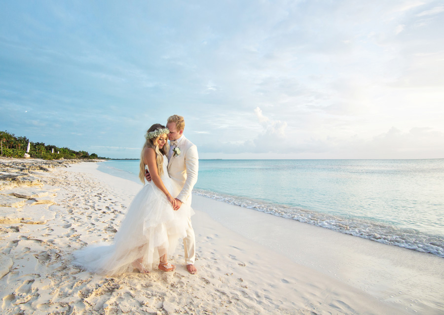 Claude peter turks caicos wedding sneak peek by joy marie claude peter turks caicos wedding sneak peek by joy marie parrot cay resort wedding junglespirit Choice Image